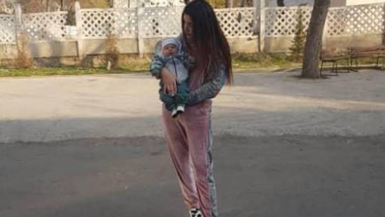 Gulpari (20) aus Tadschikistan