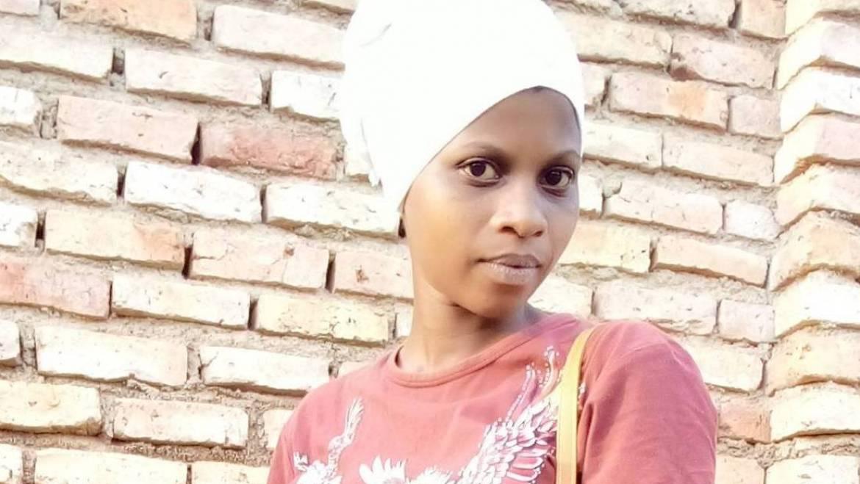 Sira (19) aus Ruanda (A1-DZ- KT)